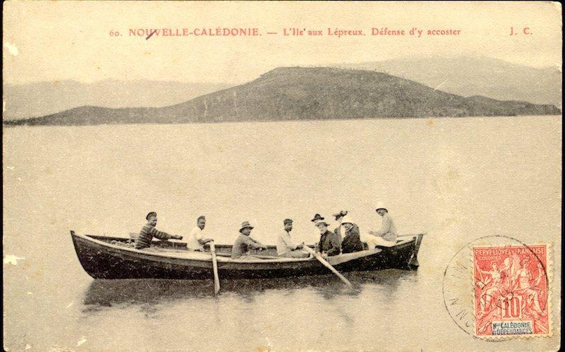 """L'île Art, archipel de Bélep, Nouvelle-Calédonie. """"L'île aux lépreux""""."""